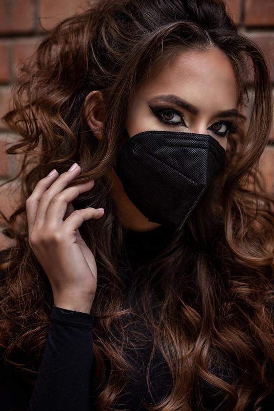 FFP2 (N95/KN95) 6/7 rétegű maszk - szelepes - fekete - 5 db - Legal Beauty Arcmaszk - 5 db - Fekete - Szelep nélküli