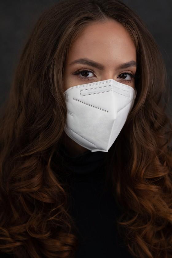 Legal Beauty KN95/FFP2 7 rétegű maszk - szelep nélküli - fehér - 10 db - Arcmaszk - 10 db - Fehér